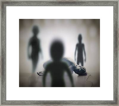 Alien Abduction Framed Print by Richard Kail