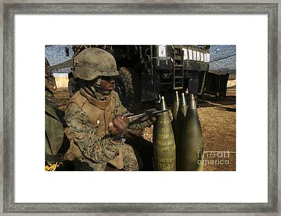 An Artilleryman Places A Fuse Framed Print by Stocktrek Images