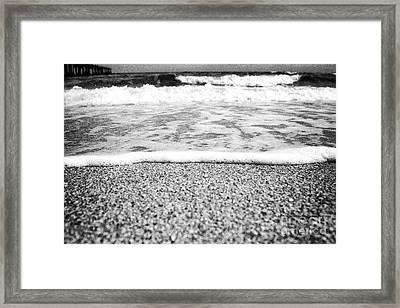 Approaching Wave - Black And White Framed Print by Hideaki Sakurai