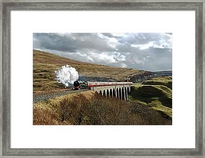 Arten Gill Viaduct Framed Print by Gordon Edgar Images