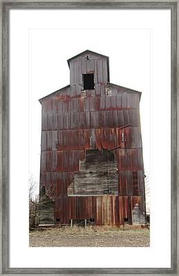 Barn 34 Framed Print by Todd Sherlock