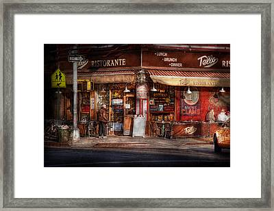 Cafe - Ny - Chelsea - Tello Ristorante Framed Print by Mike Savad