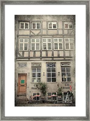 Cafe Brookkyn Framed Print by Sophie Vigneault