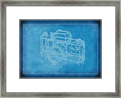 Camera 1b Framed Print by Mauro Celotti