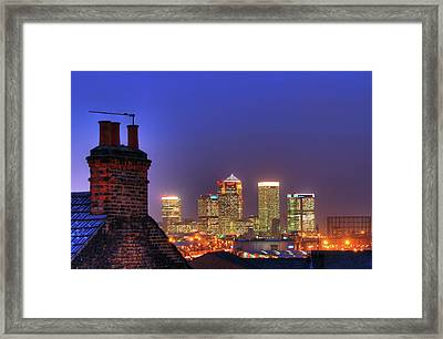 Canary Wharf Framed Print by Andy Linden