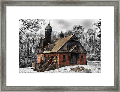 Carraige House Framed Print by Robert Wirth
