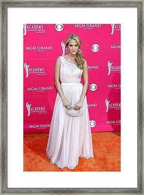 Carrie Underwood Wearing A Randi Rahm Framed Print by Everett