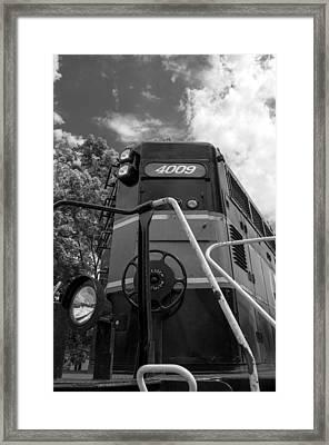 Ccgx  4009 14950b Framed Print by Guy Whiteley