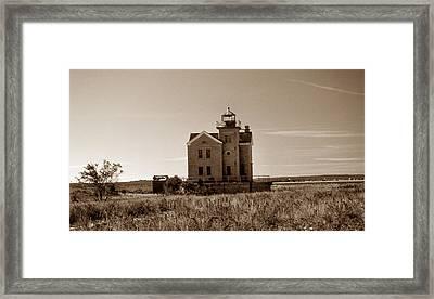 Cedar Island Lighthouse Framed Print by Skip Willits