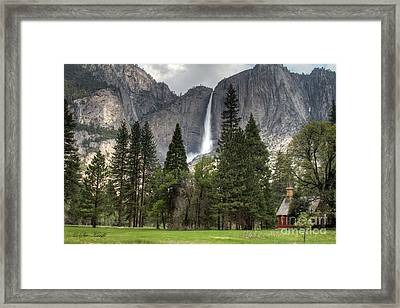 Chapel In The Valley Framed Print by Sue Karski