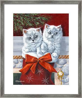 Christmas Kittens Framed Print by Richard De Wolfe