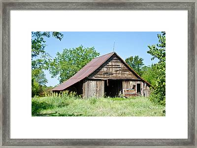 Cove Barn Framed Print by Lisa Moore