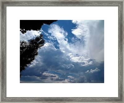 Deep Skies Framed Print by Glenn McCarthy Art and Photography