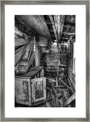 Derelict House Bw Framed Print by Thomas Zimmerman