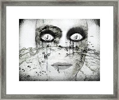 Desert Drawning Framed Print by Jenn Bodro