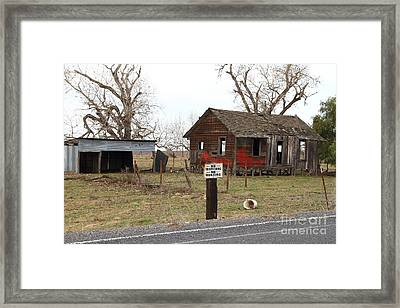 Dilapidated Old Farm House . No Trespassing . No Hunting . 7d10335 Framed Print by Wingsdomain Art and Photography