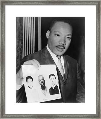 Dr. Martin Luther King 1929-1968 Framed Print by Everett