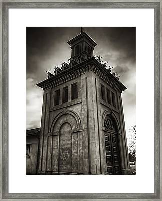 Dundurn Castle Aviary Tower Bw Framed Print by Larry Simanzik
