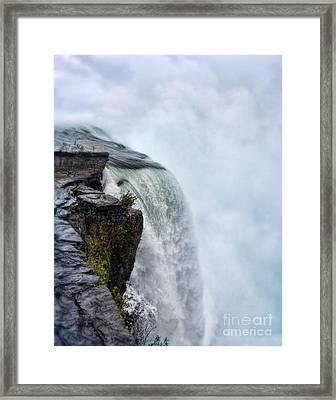 Edge Of Niagara Falls Framed Print by Jill Battaglia