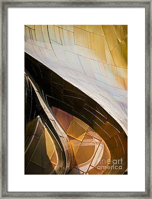 Emp Curves Framed Print by Chris Dutton