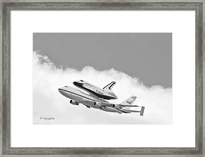 Enterprise Shuttle Over Ny Framed Print by Regina Geoghan