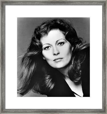 Faye Dunaway, 1980 Framed Print by Everett
