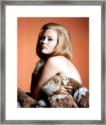 Faye Dunaway, C. 1960s Framed Print by Everett
