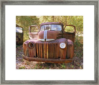 Front View Of Rusty Old Truck Framed Print by Carla Parris