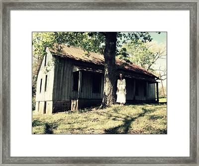 Glimpse  Framed Print by Tammy Cantrell