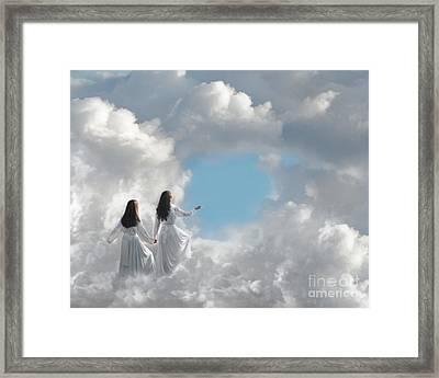 Going Home Framed Print by Cindy Singleton
