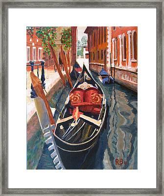 Gondola Veneziana Framed Print by Robie Benve