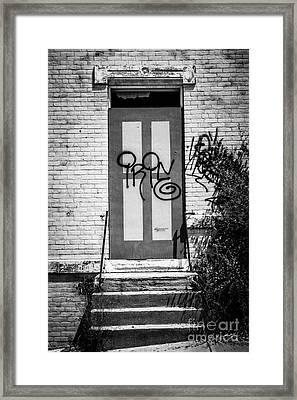 Graffiti Door At Glencoe-auburn Complex Cincinnati Ohio Framed Print by Paul Velgos