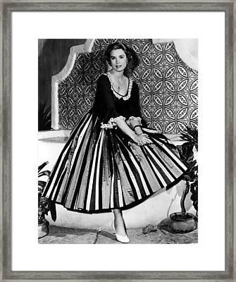 Green Fire, Grace Kelly, 1954 Framed Print by Everett