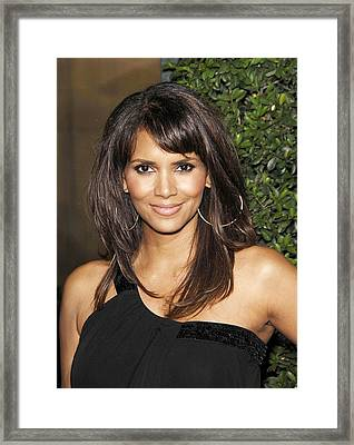Halle Berry At Arrivals For Things We Framed Print by Everett