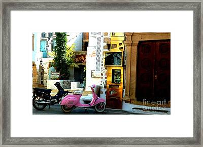 His And Hers Vespas At The Gallery Framed Print by Therese Alcorn