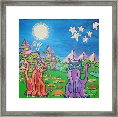 Hissing In The Moonlight Framed Print by Stephanie Temple