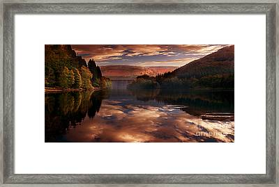 Howden View  Framed Print by Nigel Hatton