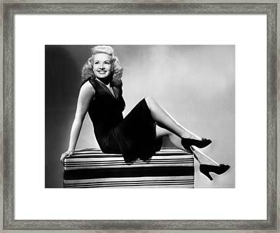 I Wake Up Screaming, Betty Grable, 1941 Framed Print by Everett