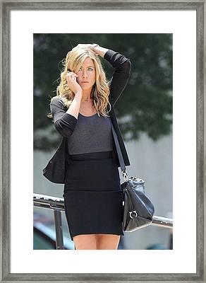 Jennifer Aniston On Location Framed Print by Everett