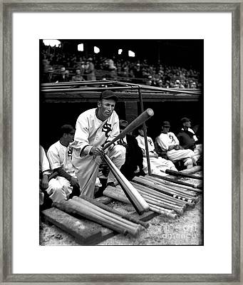 Joe Chamberlain - Chicago White Sox Framed Print by David Bearden