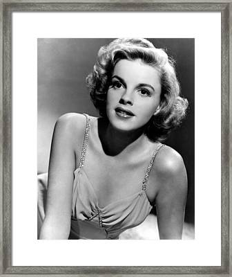 Judy Garland In The Early 1940s Framed Print by Everett