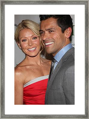Kelly Ripa, Mark Consuelos At Arrivals Framed Print by Everett