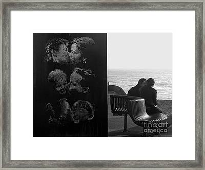 Kissing Couples Framed Print by Karin Ubeleis-Jones