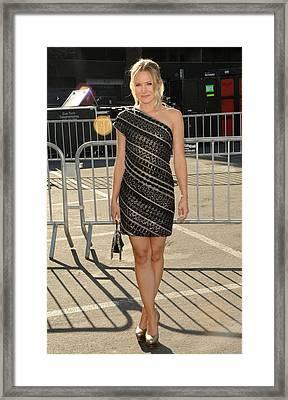 Kristen Bell Wearing An Etro Dress Framed Print by Everett