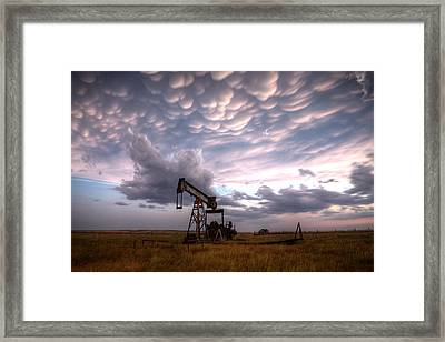 Mammatus Oil Framed Print by Thomas Zimmerman