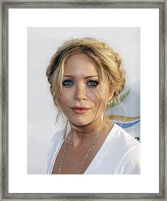 Mary-kate Olsen At Arrivals For Weeds Framed Print by Everett