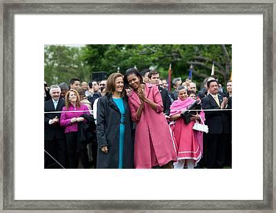 Michelle Obama And Mrs. Margarita Framed Print by Everett