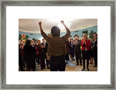 Michelle Obama Celebrates With Guests Framed Print by Everett