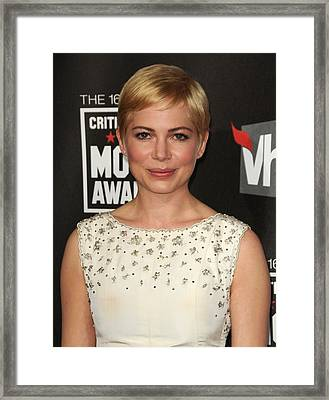 Michelle Williams At Arrivals For 16th Framed Print by Everett