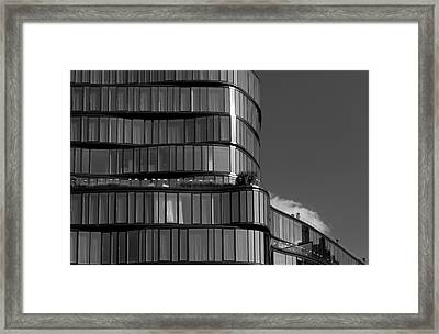 Modern Building Chelsea Nyc Framed Print by Robert Ullmann
